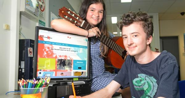 Young people at Youth ConneXions using Creative Youth Community