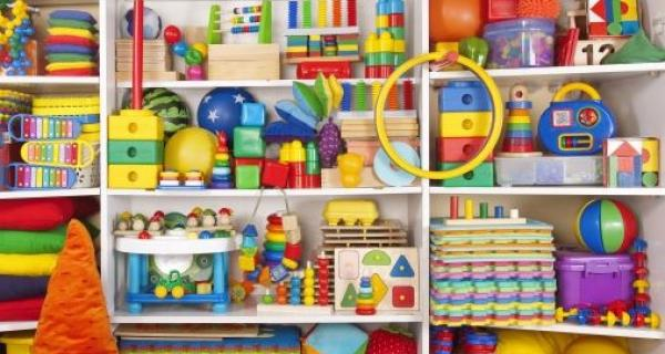 Shelves with lots of colourful toys